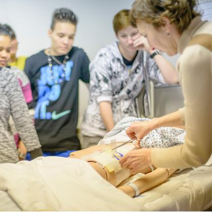 S2J, Centre d'Enseignement Libre à Liège - Formation soins aux personnes